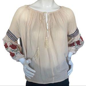 LF Mieeion Embroidered Peasant Blouse medium